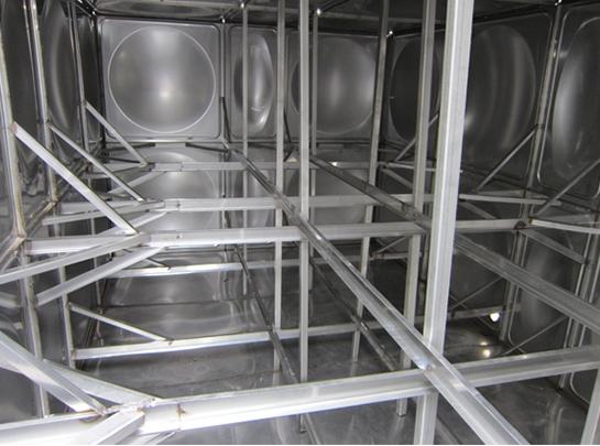 不锈钢水箱内部图